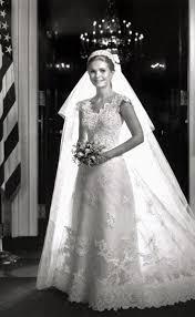 chelsea clinton wedding dress teki 25 den fazla en iyi chelsea clinton wedding fikri