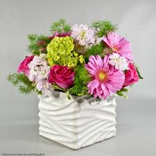 wholesale flowers and supplies pink roses gerberas and hydrangeas 27 wholesale flowers and