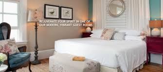 Stay In Bed For 70 Days Cape Cod Bed And Breakfast Bed U0026 Breakfast In Cape Cod Wood