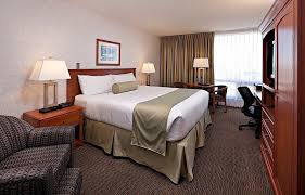 hotels in calgary on macleod trail carriage house inn