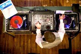 wedding band or dj wedding ideas tips on hiring a live band or wedding dj