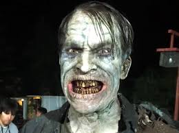 remake of halloween a zombiefied johnathon schaech quenches his undead thirst on the