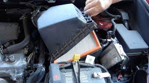 2011 toyota rav4 filter how to replace engine air filter in toyota rav4