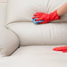 se débarrasser d un canapé se débarrasser de l odeur du tabac sur un canapé en cuir but