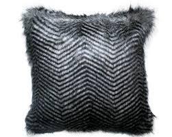 coussin de canapé design madura coussins et rideaux design pour tous les styles à