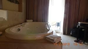 chambre avec bain a remous tres chambre avec bain a remous picture of moon palace