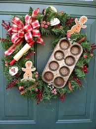 Decorating Christmas Wreaths by 73 Best Decorative Christmas Wreaths Images On Pinterest