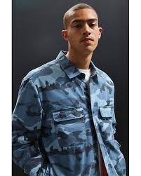 urban outfitters uo quilted camo over shirt in blue for men lyst