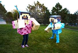 Mine Craft Halloween Costumes by Halloween Costumes For Siblings That Are Cute Creepy And