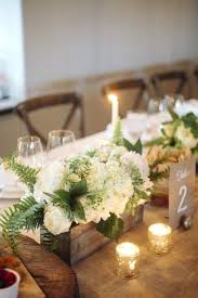 White Floral Arrangements Centerpieces by A Lazy Girls 1 Tip To Beautiful Flower Arrangements White Rose