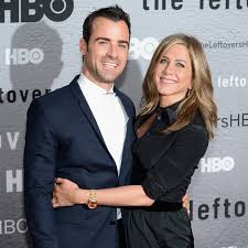 aniston wedding dress in just go with it aniston and justin theroux are living separate lives in
