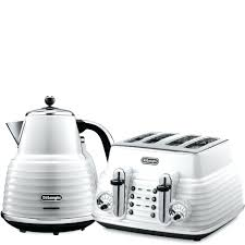 delonghi kmix 2 slice toaster stainless electric kettle delonghi scultura 4 slice toaster and