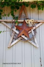 25 creative ideas for garden fences wood scraps tin star and