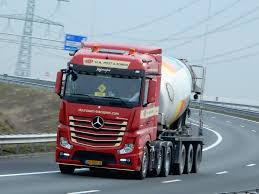 mercedes benz actros mp4 red mercedes benz actros mp4 streamspace from h n post u0026 zon u2026 flickr