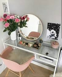 Cute Vanitys Easy Diy Makeup Table When Space Is Limited Or You Are Using What