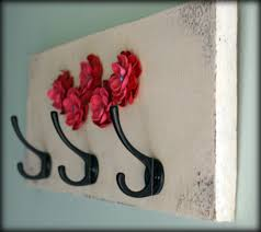 clay flower embellished key holder tutorial