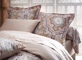 drap en satin de coton notre sélection de linge de lit en satin la malle des anges