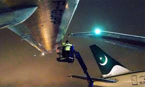 journalists jobs in pakistan airlines international pia plane clips wing of stationary aircraft at toronto pearson