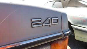 junkyard gem 1993 volvo 240 sedan autoblog