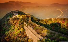 moody sky wallpapers a moody evening at the great wall 4k hd desktop wallpaper for