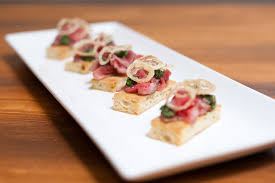 canape toast mini steak sandwich grilled flank steak on garlic toast with