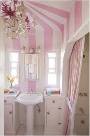 Striped Bathroom Walls To Da Loos Move Over Black And White Striped Walls Coloured