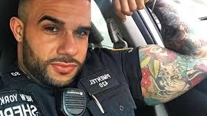 machos vergones fotos gratis el policía más sexy de nueva york posó desnudo y revolucionó a las