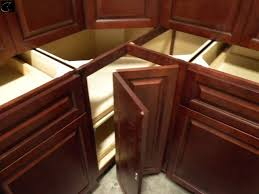 Absolute Auctions  Realty - Kitchen cabinets richmond