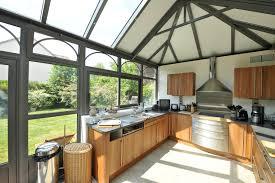 maison en bois style americaine aménager une cuisine dans une véranda travaux com