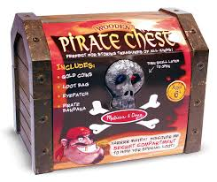 amazon com melissa u0026 doug wooden pirate chest pretend play set