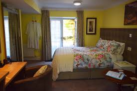 The Secret Garden Family Suite Old Drynie House Bed And - Family room meaning