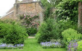 walled garden amanda patton