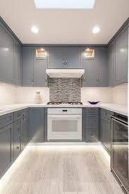 peinture cuisine jaune palette de couleur pour cuisine maison design bahbe com