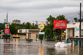 absolutely massive u0027 texas flooding leaves motorists stranded