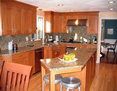 Elmwood Kitchen Cabinets Casually Fashionable These Columbia Maple Kitchen Cabinets Are An