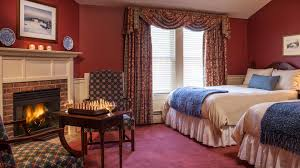 Vermont travel lodge images Stowe hotel rooms luxury apartments townhouses green mountain inn jpg