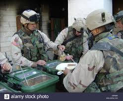 25th november 2004 us army soldiers serve food to colleagues on