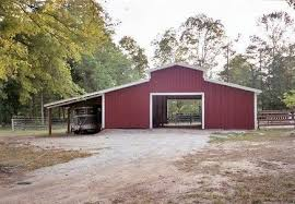 Red Barn Trailers Small Horse Barn Designs Small Center Aisle Horse Barns Horse