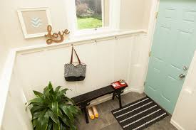 Decorating Narrow Entryway Using Small Entryway Bench Houstation