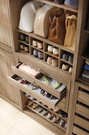 how to create the perfect walk in wardrobe organizations