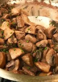 easy mushroom gravy recipe by mushroom sauce recipes 3 866 recipes cookpad