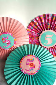 paper fan circle decorations how to make paper fan decorations make your own decorations this