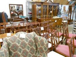 Cherry Dining Room Furniture Traditional Mahogany And Cherry Dining Room Furniture Never Goes