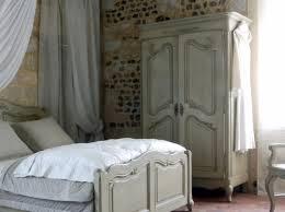 déco chambre armoire ou dressing à vous de choisir armoires