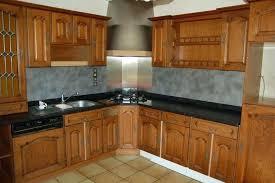 renovation cuisine chene relooker une cuisine rustique en chene renovation cuisine cbl deco