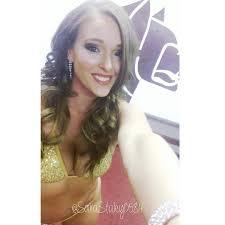 boxing ringgirl selfie on instagram