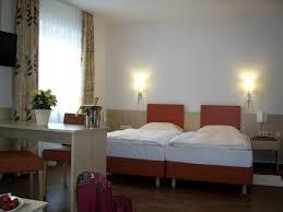 Schlafzimmer Betten H Fner Hotel Ritter Deutschland Büchenau Booking Com