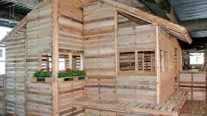 this pallet home can be built in one day with basic tools youtube