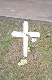 roadside memorial crosses christianity meme roadside memorials promote christianity