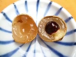 lychee fruit inside maui jungalow dragon eye fruit and fruit snatchers